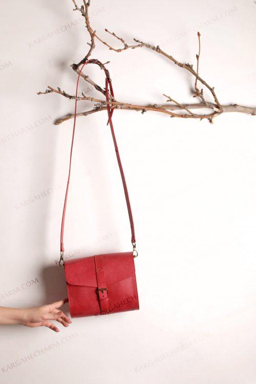 کیف چرم زنانه جادار لاکچری متفاوت