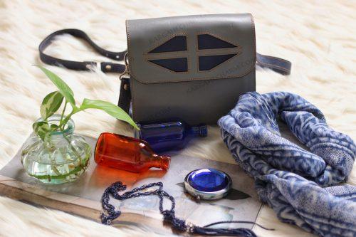 کیف چرم زنانه اسپورت جادار