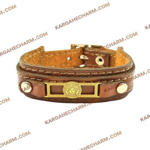 دستبند چرم طرح پلاک ورساچه طلایی